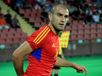 Spartak Moscow turn down offers for Yura Movsisyan