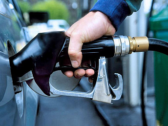 Prices of gasoline and diesel drop in Armenia
