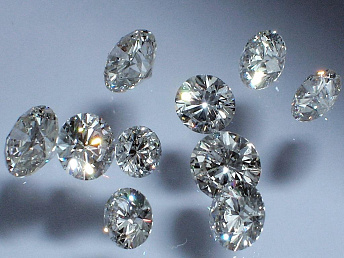 Armenia's diamond cutting industry may see 15 % surge this year – minister