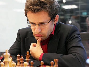 Tenth round of chess tournament – Aronian vs Topalov