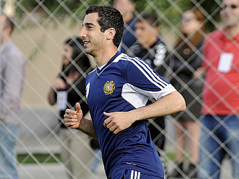 New head coach makes good first impression on Armenian national – Mkhitaryan
