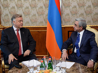 Serzh Sargsyan meets with Russian Railways head Vladimir Yakunin