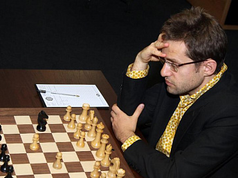 Aronian beats Svidler in fourth round